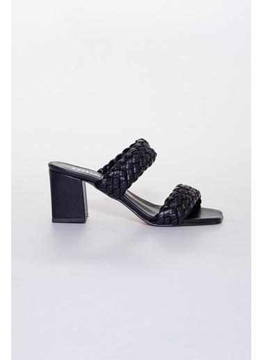 Dilimler Ayakkabı Terlik Siyah